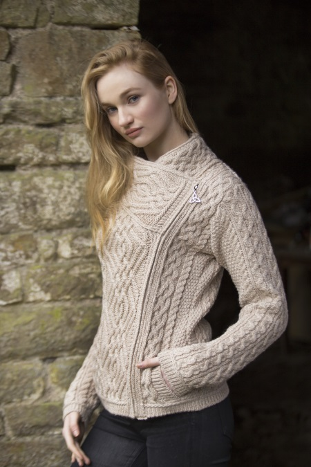 veste en laine irlandaise beige